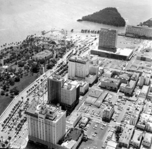 downtown-miami-1965-with-brickell-key